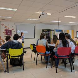 Primera charla de Docker meetup en Montevideo